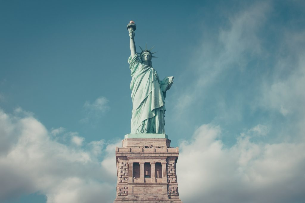 statue-of-liberty-maxileads