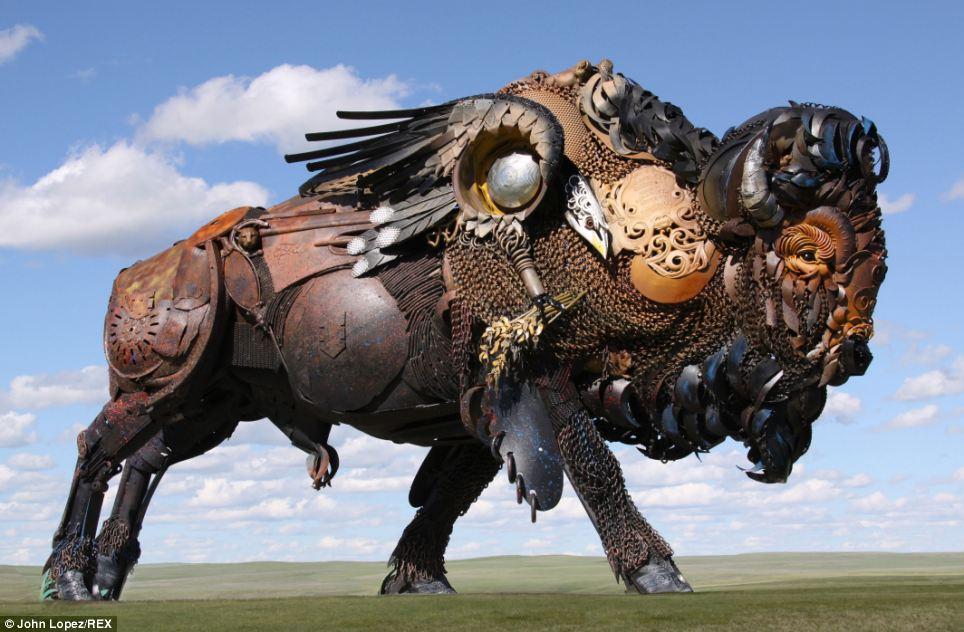 amazing sculpture - scrap metal